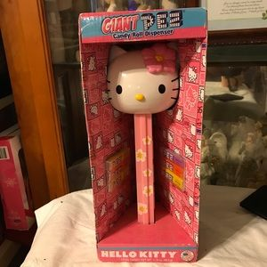 New Sanrio Hello Kitty Giant Pez Dispenser
